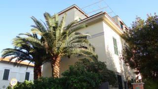 Appartamento in villa in Via della Libertà - Agenzia Immobiliare Bravi a. Santa Marinella