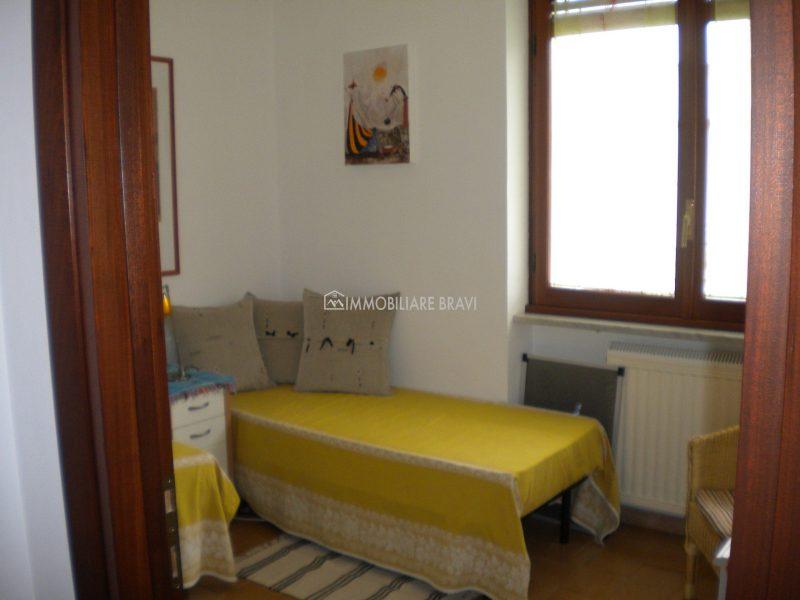 Villa Bifamiliare in Zona Fiori - Agenzia Immobiliare Bravi a Santa Marinella