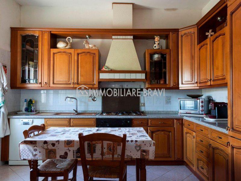 Villa unifamiliare in Via Aurelia Vecchia - Agenzia Immobiliare Bravi a Santa Marinella