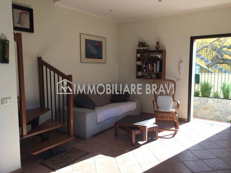 Villino Bifamiliare in affitto estivo zona Centro - Agenzia Immobiliare Bravi a Santa Marinella